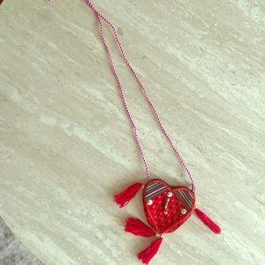 Vintage Heart Mini Purse ❤️